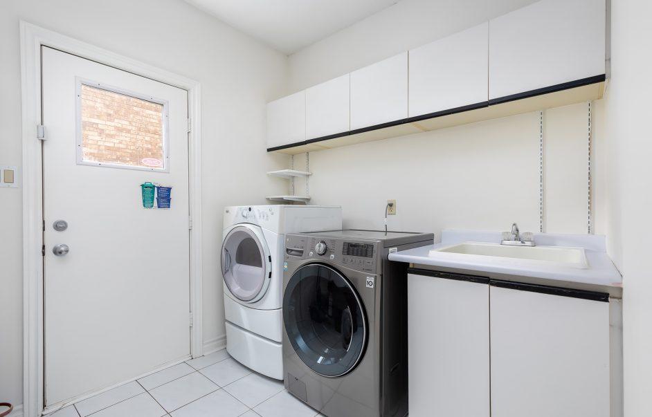 98 Markwood Lane - Laundry